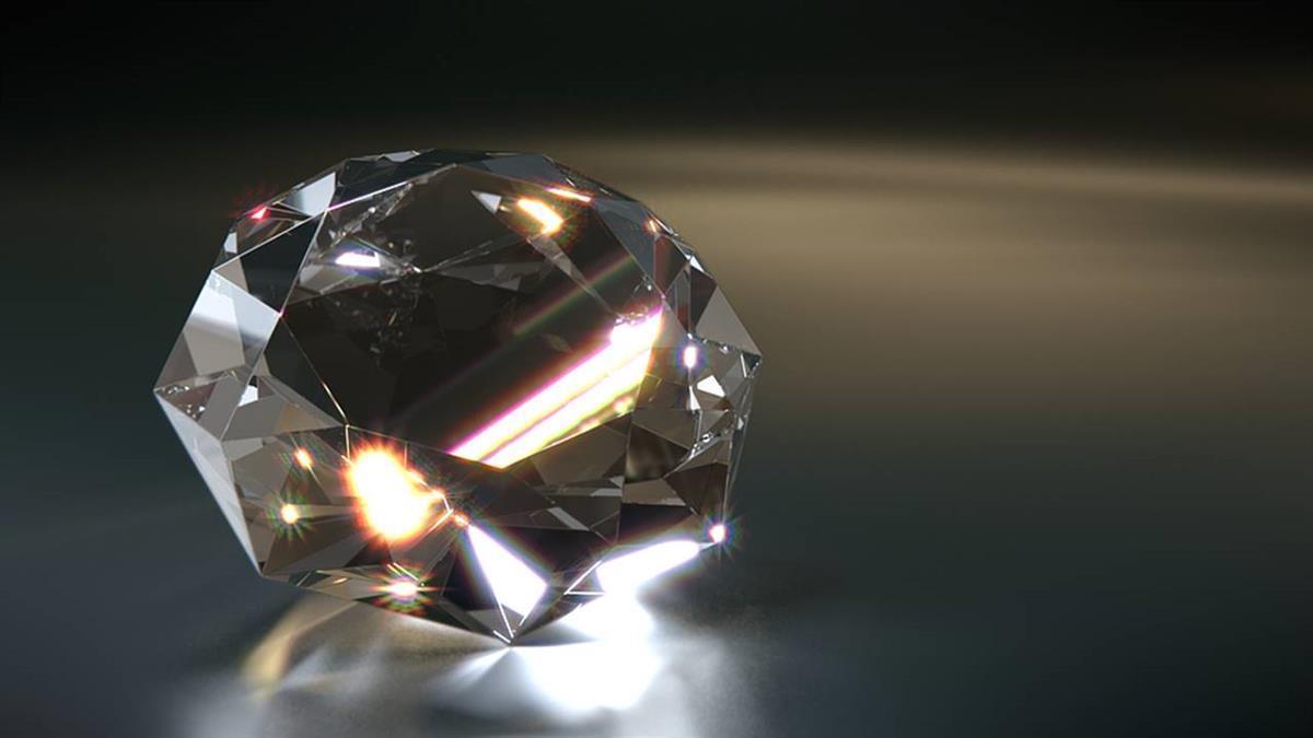 以為是玻璃!美國男10分鐘撿到「9.07克拉鑽石」:園區第2大顆