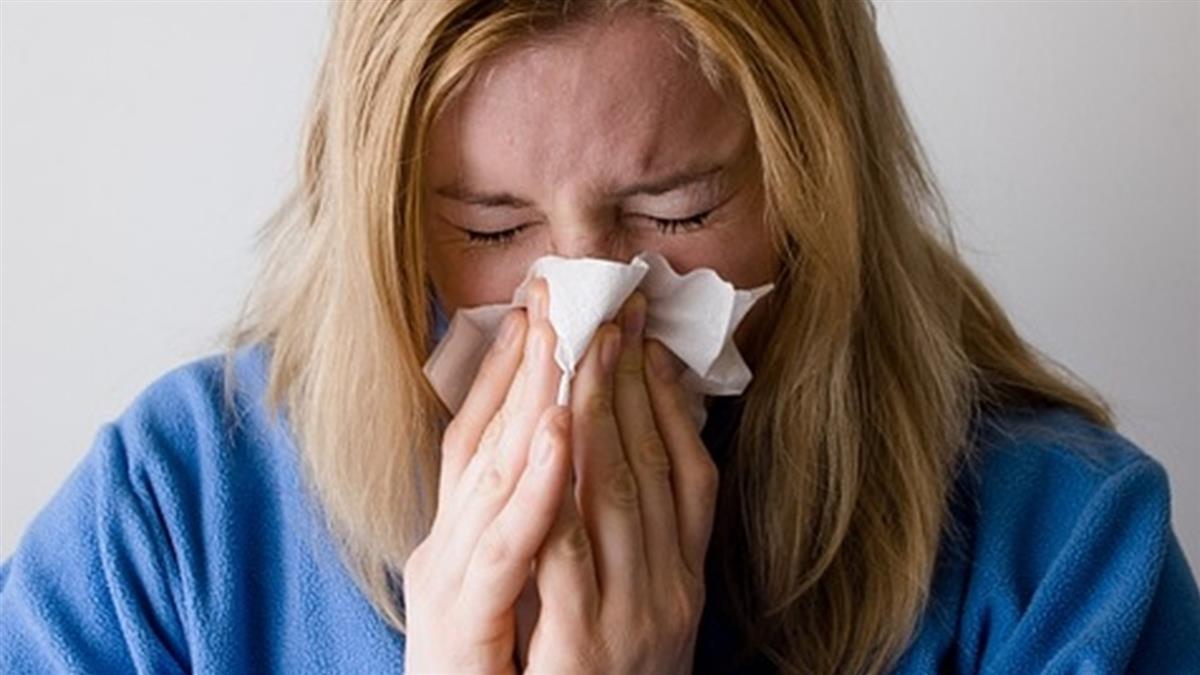 武肺篩檢後她鼻子狂噴液體 醫驚見頭骨破大洞