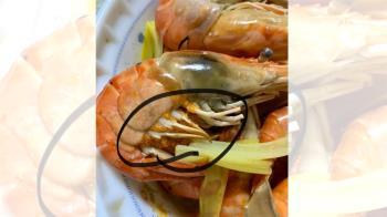 吃蝦驚見橘黃顆粒團! 網狂喊別吃:代價是吊點滴一整夜