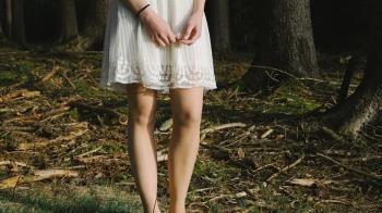 挑戰不穿內褲30天!長髮妹曝身體驚人變化