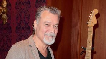 樂壇震撼彈!超大咖搖滾吉他手去世 享年65歲
