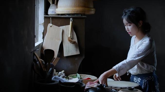 年收7.4億!正妹網紅返鄉種田做菜 賺錢秘辛終於曝光