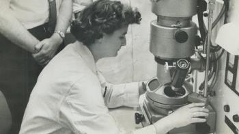 新冠疫情:最早發現人類冠狀病毒的英國女科學家