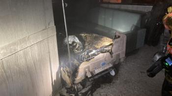 屏東醫院空病房「床墊起火」 緊急疏散36人