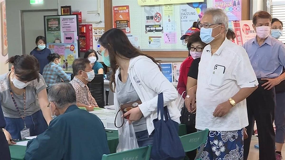 打流感人潮不輸搶口罩 台中30家衛生所加班開打