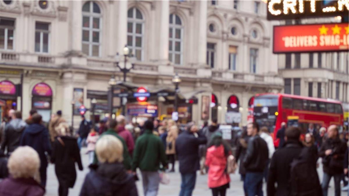歐洲武漢肺炎疫情未歇 英國累計確診突破60萬例