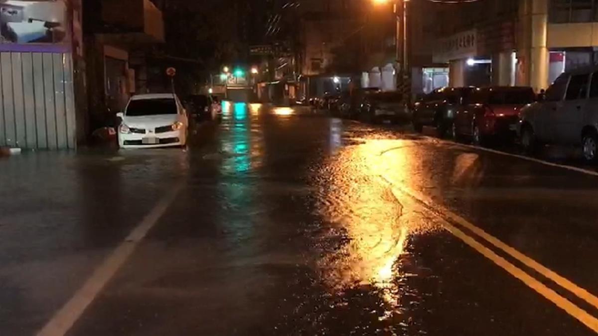 深夜不平靜!大雨炸宜蘭 路面積水又迎2地震