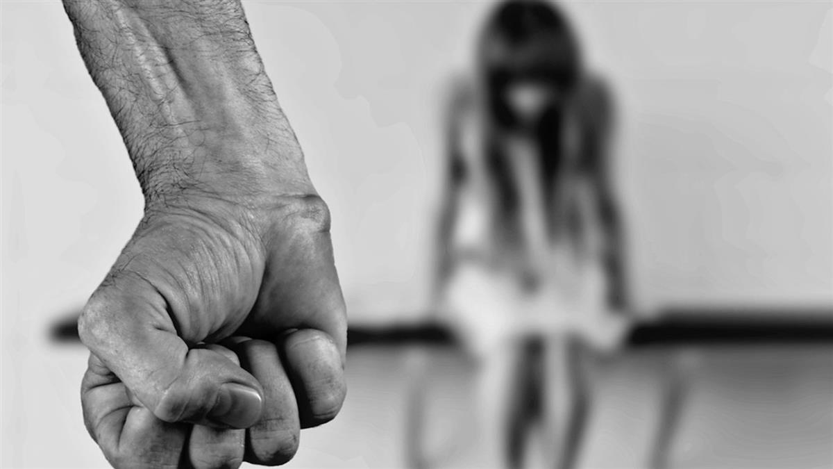 17歲少女被帶入考場性侵! 12名學生冷眼圍觀還錄影