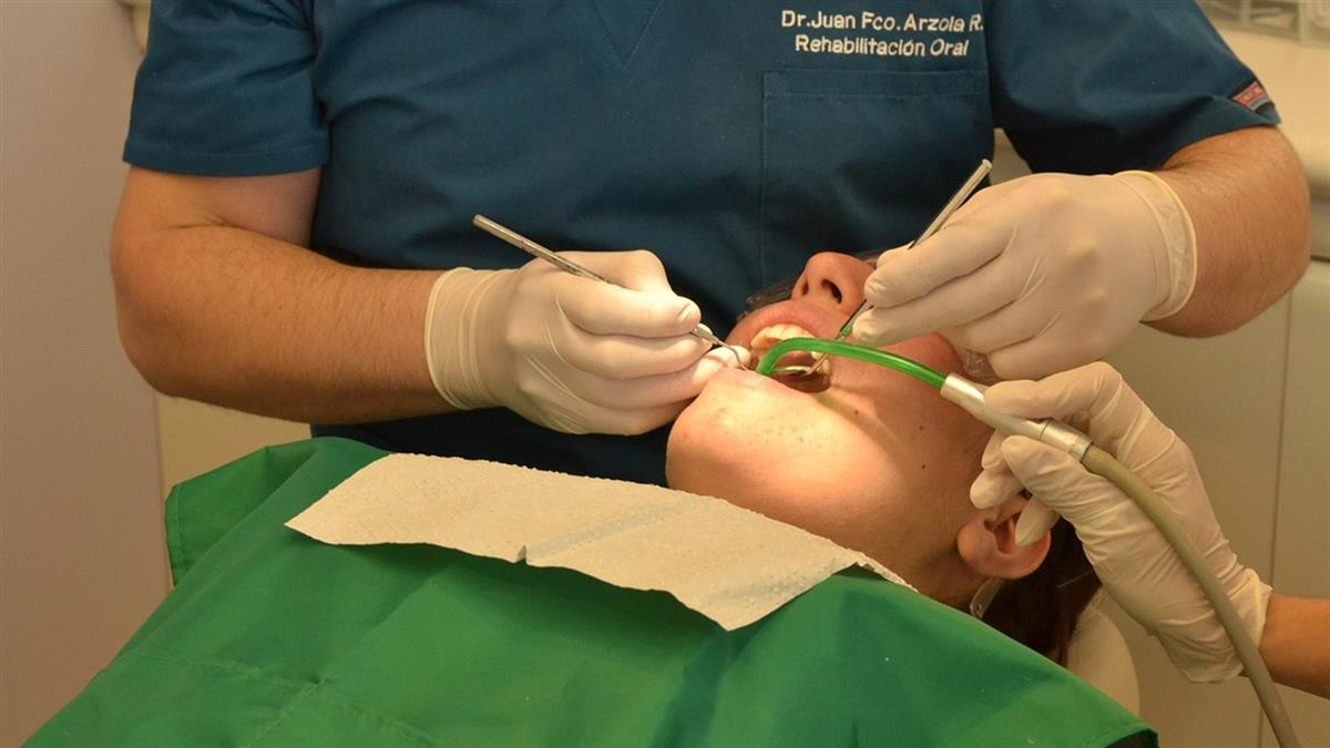 拔智齒很痛!牙醫一舉動收服她 揪心劇情神展開