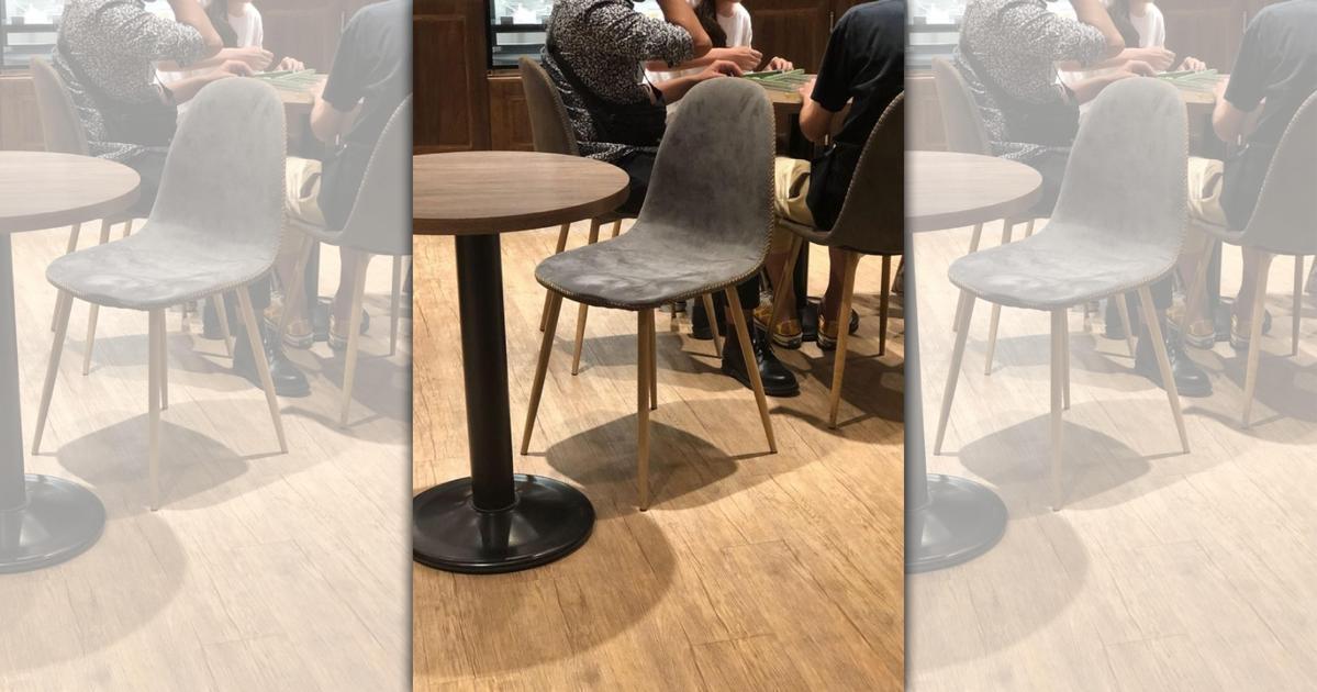 路易莎內用「4人開桌摸二圈」 他傻眼:就坐在店員前面!