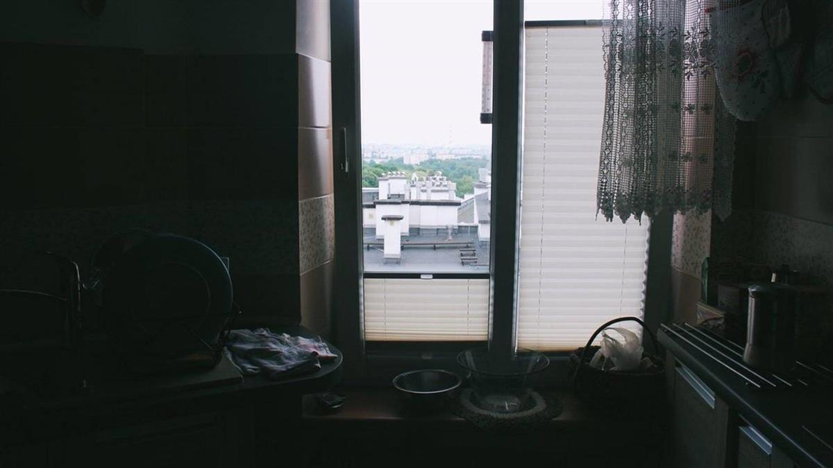 悚!台中老公寓30年6房客輕生 房仲曝:死法、位置全相同