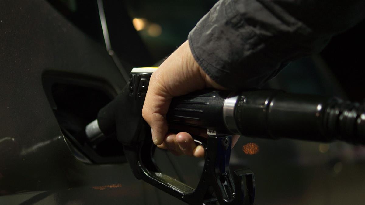 美國石油庫存下降 油價跌幅收斂