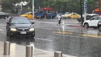 快訊/東北風強襲!暴雨狂炸北北基 5縣市豪大雨特報