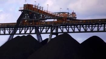 中國據稱暫停進口澳洲煤炭 關係再添緊張因素
