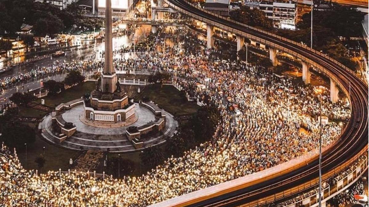 泰國萬人示威集結6地抗議奏效 軍政府願意展開對話