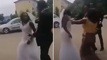 伴娘跟新郎有一腿!新娘撩白紗狂奔 崩潰取消婚禮