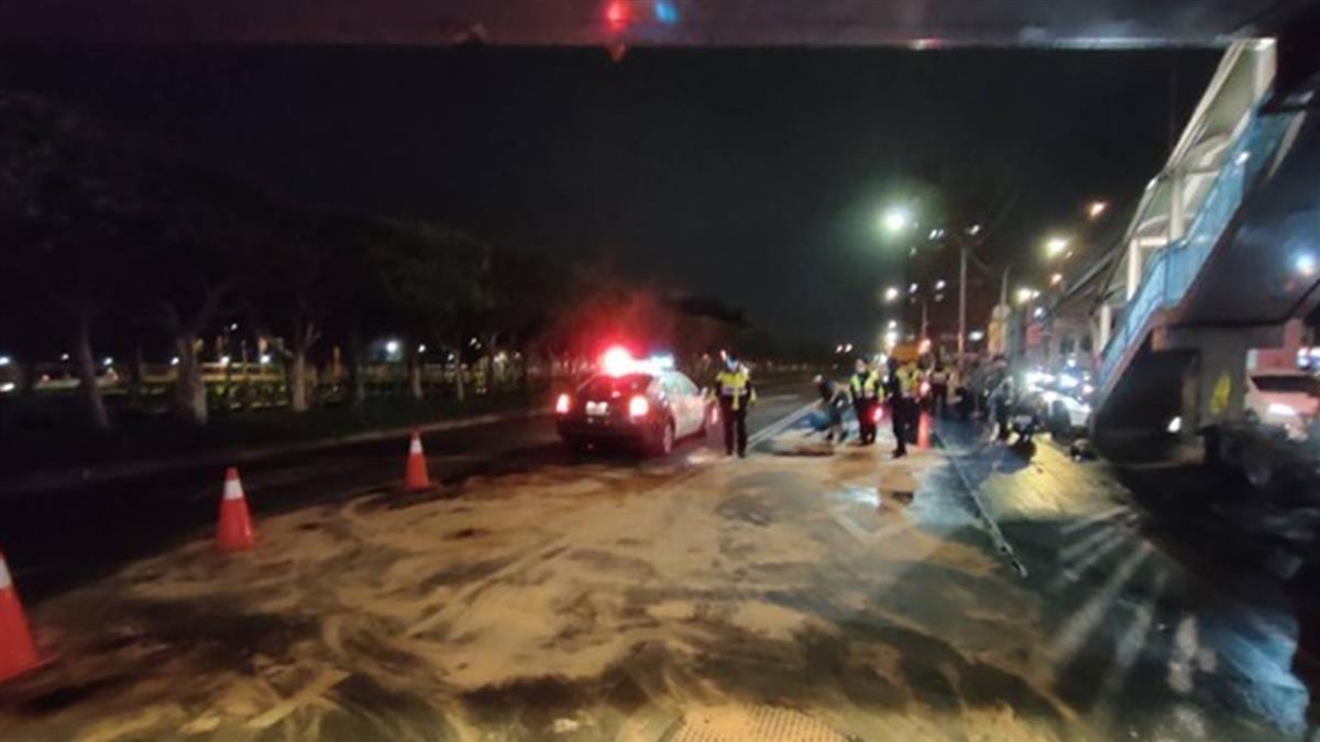 馬路油膩膩!中和10機車慘摔成一團 肇事司機下場慘