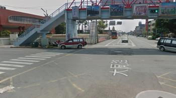 雲林20歲男雙載遭撞!1死1重傷 休旅車駕駛路邊痛哭