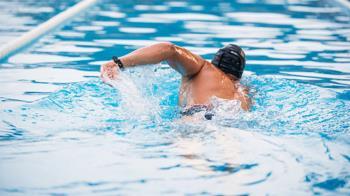 想用游泳來減肥?小心別越游越胖