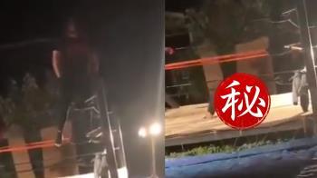 摔角選手180度華麗落地 下秒雙腿慘反折變軟趴嚇瘋