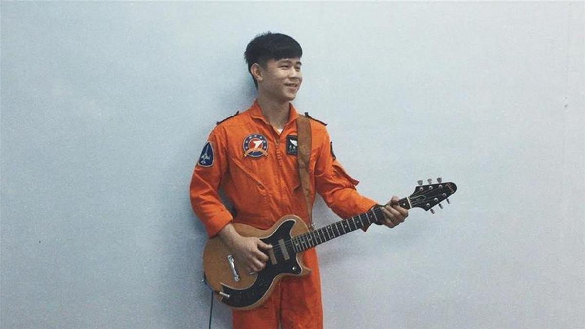 戰機台東墜海 飛行員搶救不治