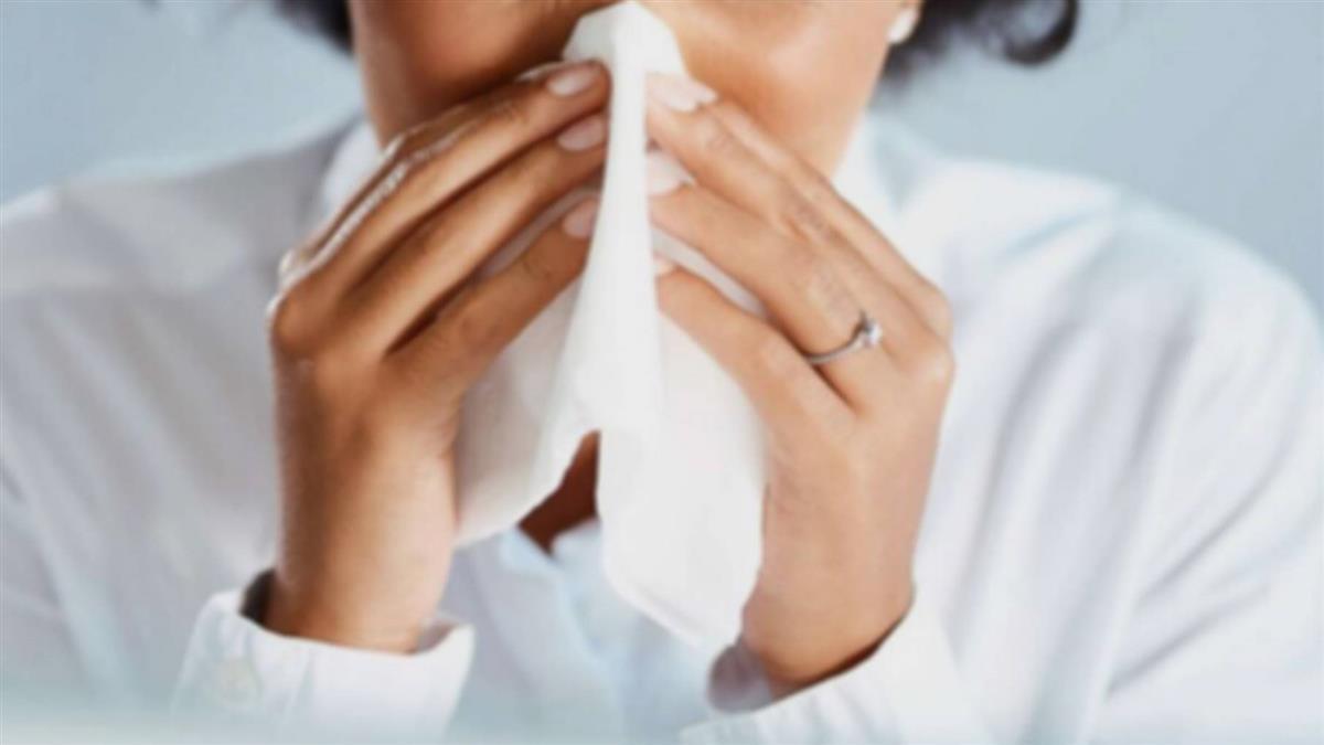 男子頭痛欲裂  原來是鼻竇炎作怪