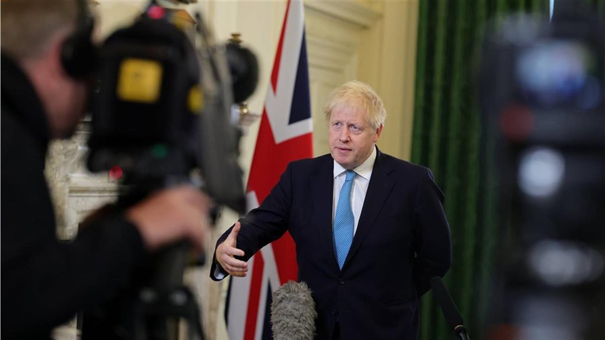 英國確診飆破百萬 首相強生緊急宣布1個月禁足令