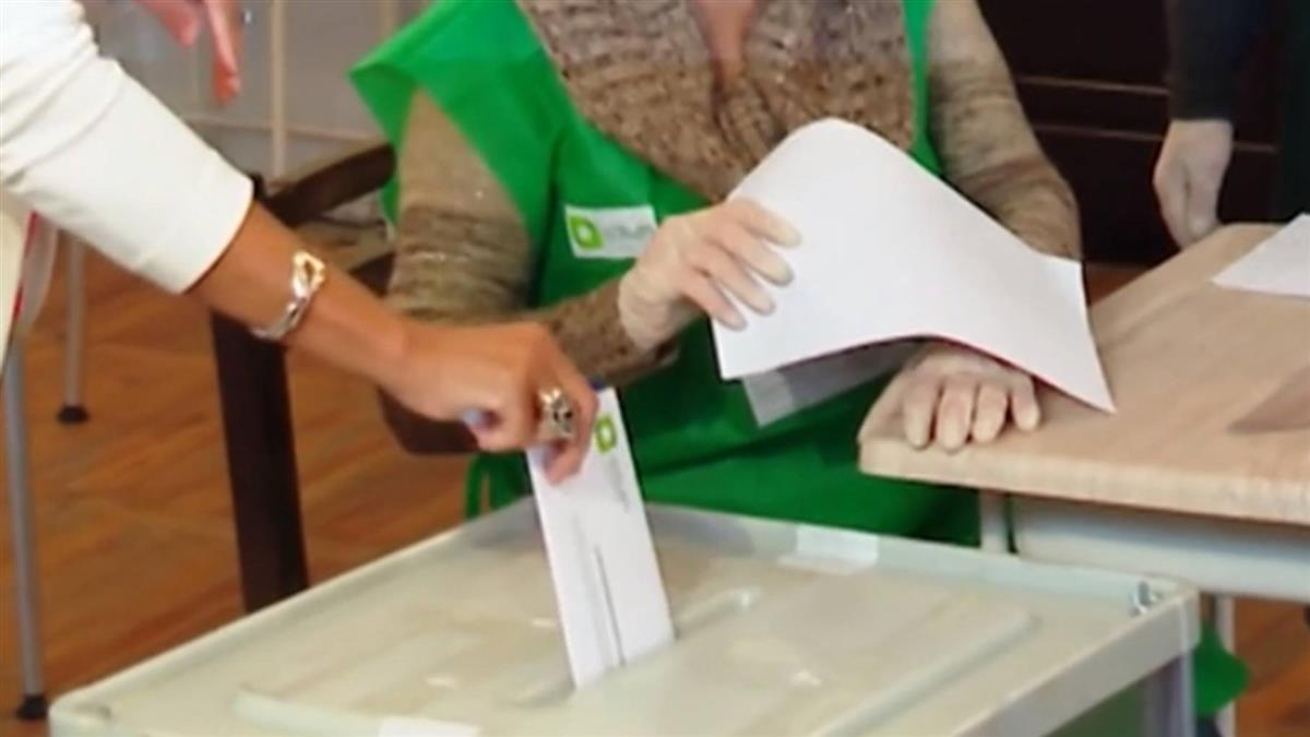 連人瑞都來投!美國大選倒數 逾9千萬選民已提前投票