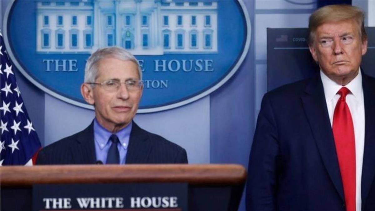 肺炎疫情:白宮在美國大選前指抗疫專家福奇「玩弄政治」