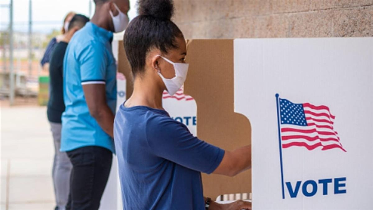 美國總統大選日 東岸投票所陸續開放