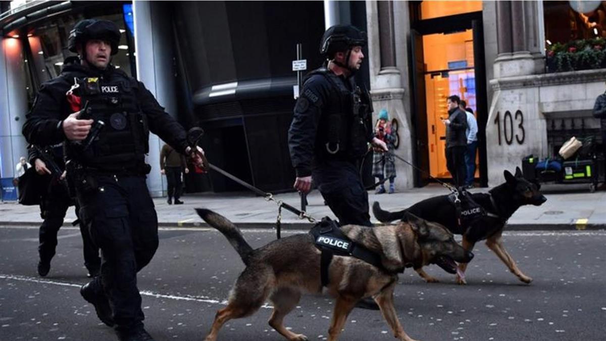 英國安全預警全面升級決策的四大原因