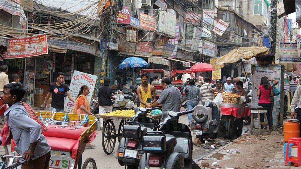 印度單日新增逾5萬人染疫 累計近850萬人確診