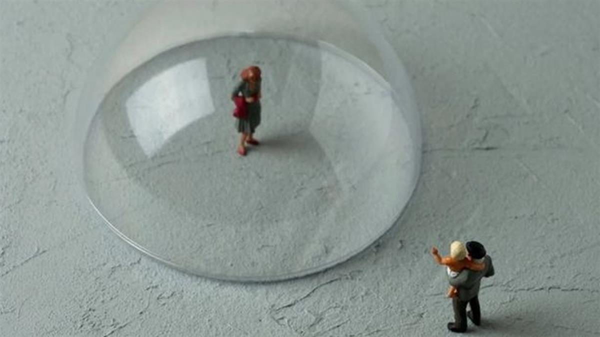 孤獨和獨處:離群索居對人的社交能力有什麼影響