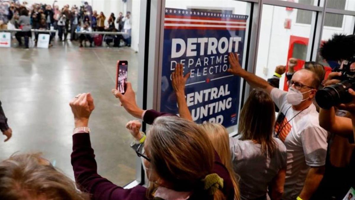美國大選:川普號稱要全面挑戰投票結果,他到底能做什麼