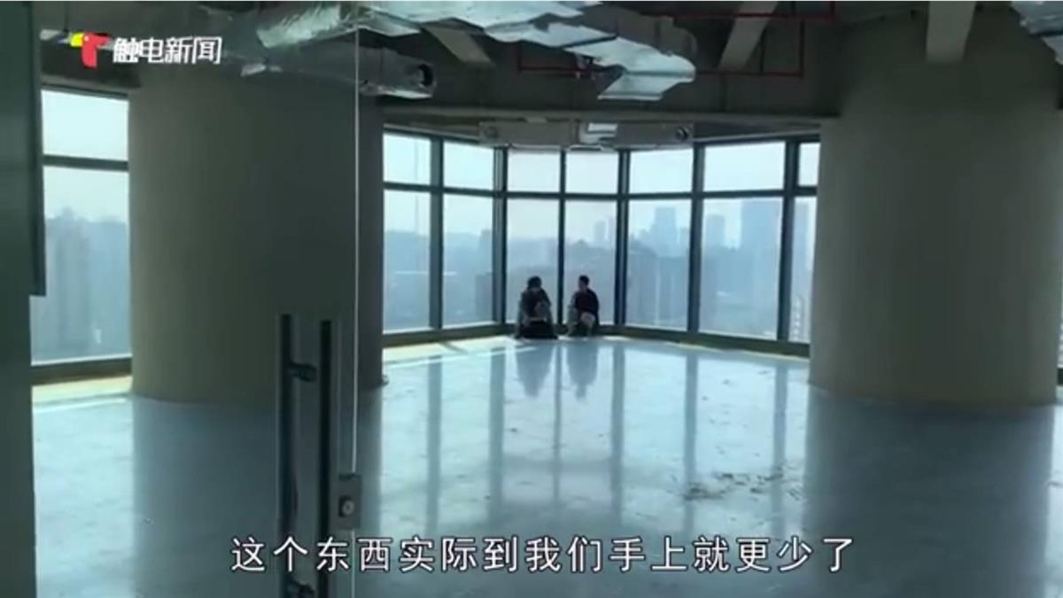 千萬景觀屋開門見「6巨柱」 每年為柱子繳數萬管理費