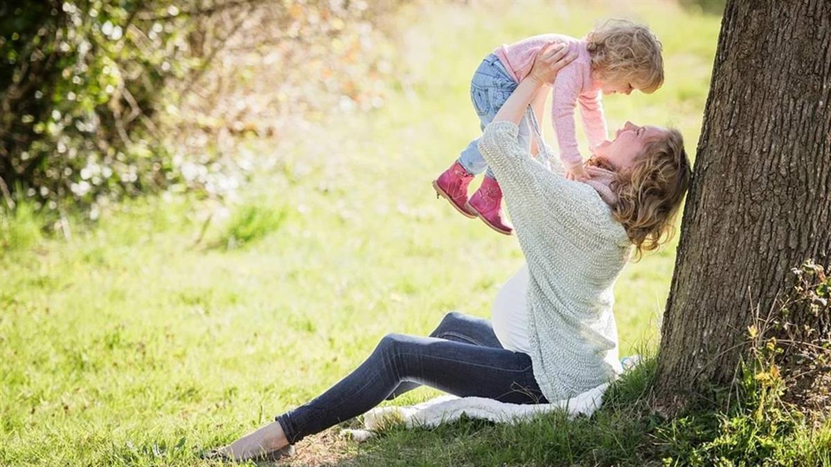 孩子是甜蜜的負荷?她疑惑「願意為孩子過更苦嗎」 網:想清楚再生