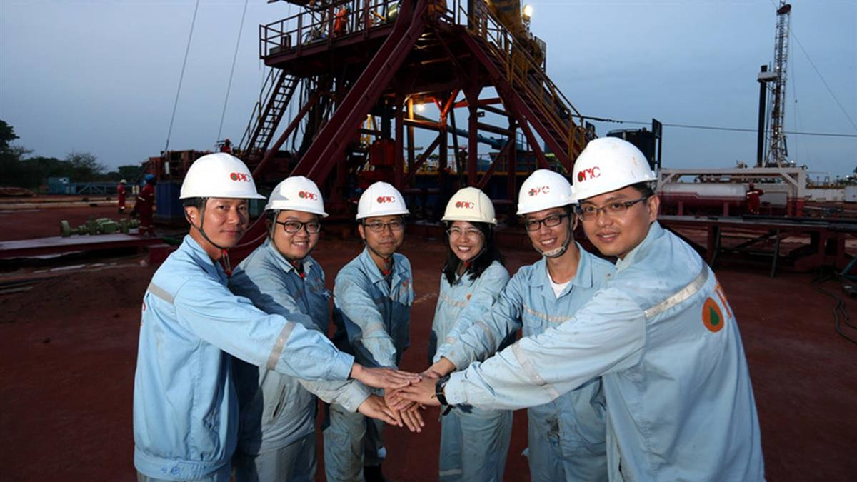 當初不被看好最後挖出石油 中油查德礦區寫新歷史