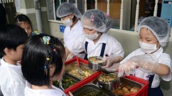 蘇貞昌宣示 110年學校午餐全面採用國產食材