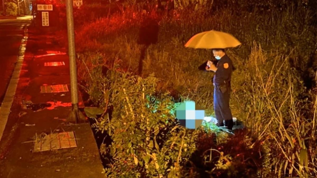 男摔落50公分深草叢 單車燈閃爍引員警發現救援