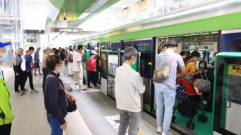 中捷綠線車門夾傷8旬翁 延長靠站與開門時間緩衝
