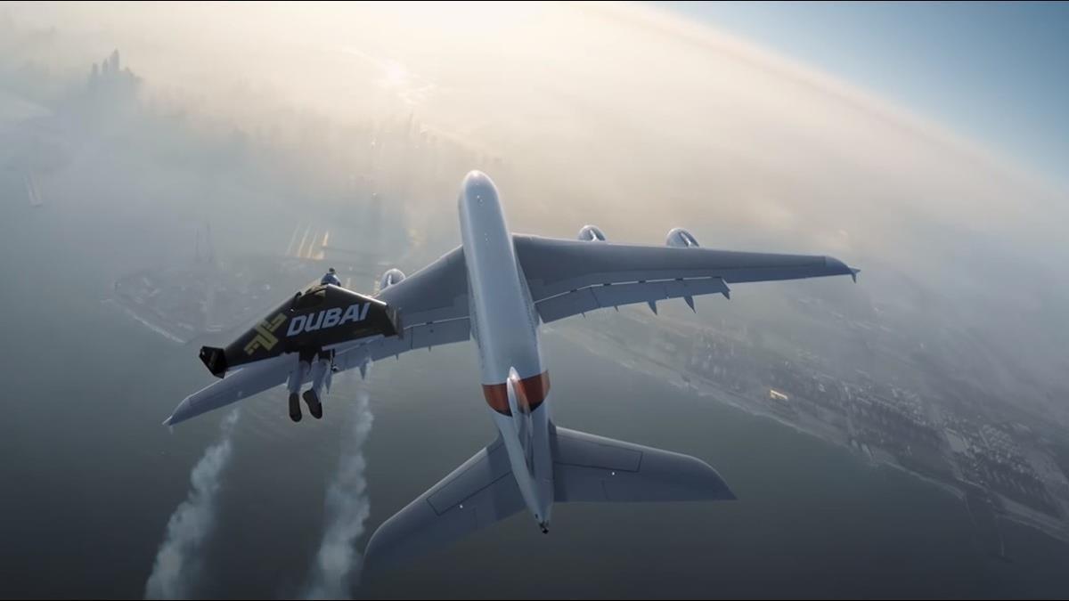 曾伴飛A380客機、躍下哈利法塔 「真人鋼鐵人」訓練身故