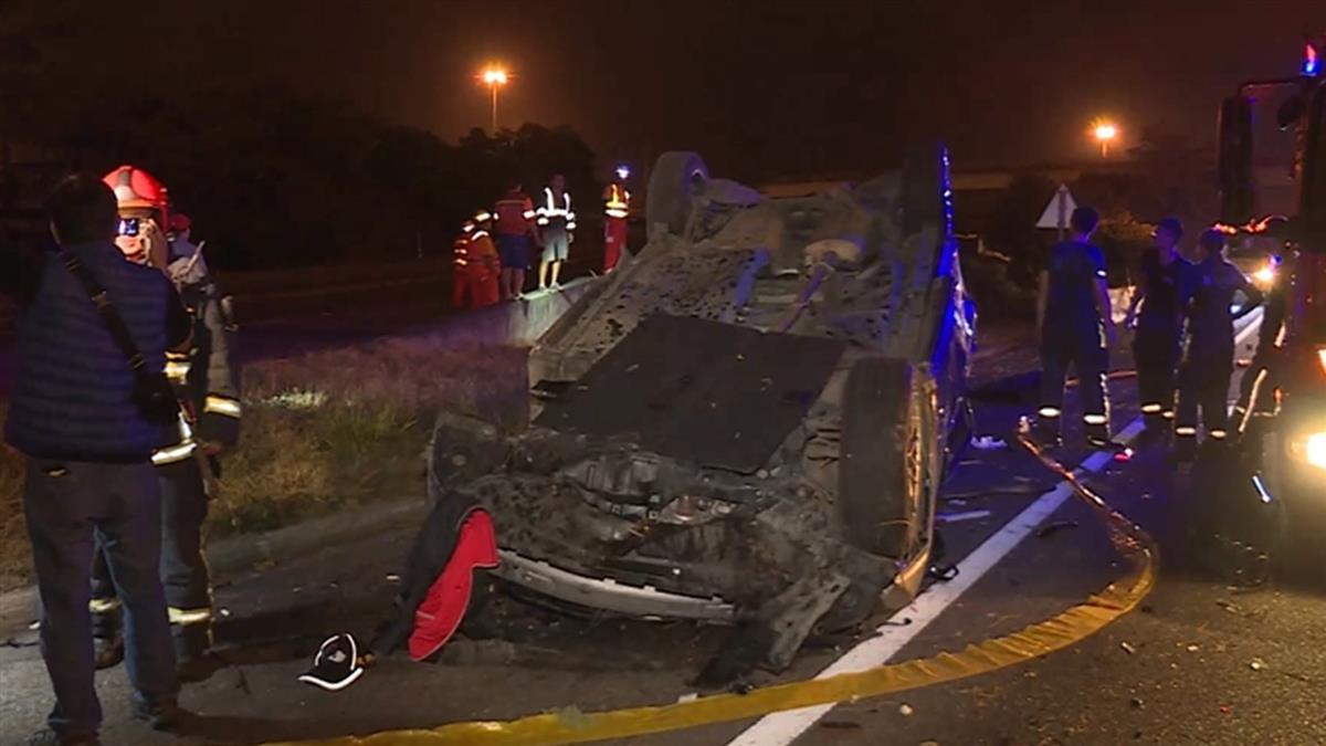 烤肉趴後車遊疑酒駕!休旅車國道自撞4死2傷 警:都沒繫安全帶