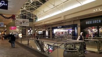 美國威州購物中心槍擊案 槍手疑為15歲少年