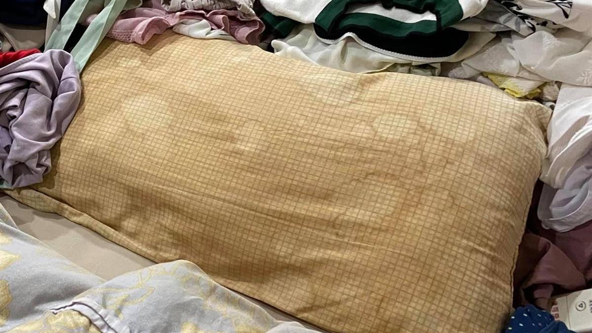 高嘉瑜10年泛黃枕頭有祕密 1顆800元是時代的眼淚