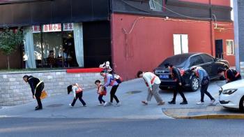 逃離「老大哥」:中國大陸藝術家如何躲避北京的監控攝像頭