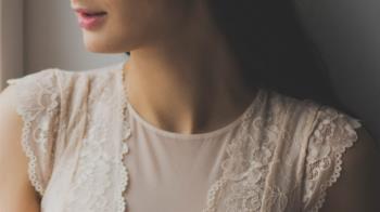 貴婦喉嚨痛「脖子長一顆」 竟確診子宮頸癌第四期