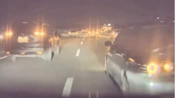 獨/國道3寶竄出鬼切!特斯拉險遭撞 全靠自駕系統救命