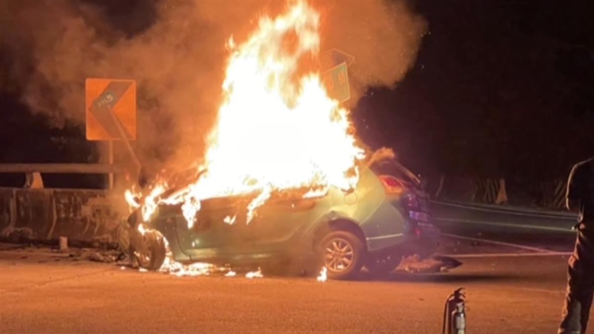 深夜救援山區浪浪!台南愛爸自撞橋墩 車燒成火球慘死