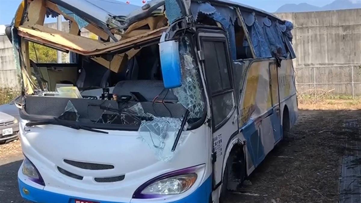 奧萬大翻車1死20傷 高市府將開罰肇事巴士車主