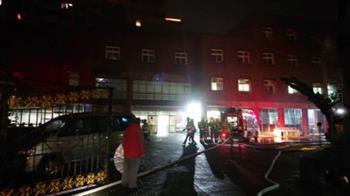 淡水某護理之家火警  警消疏散77人無人傷